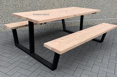 Douglas-Staal-Picknicktafel-model-U