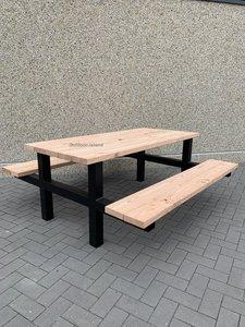 Douglas-Staal-Picknicktafel-model-H